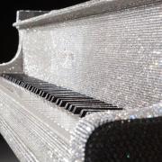 لوکس-ترین-پیانو-جهان