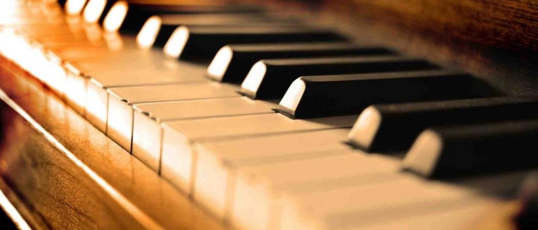 piano-02-1030x682
